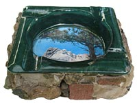 Mount Rushmore ashtray