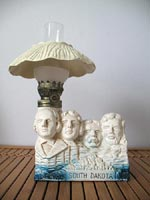 Mount Rushmore oil lamp